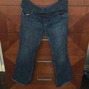 Old navy 14 regular maternity flare jeans